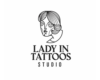 LADY IN TATTOOS