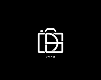 DS Monogram Photo / Video