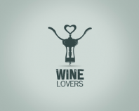 WINE LOVERS